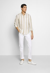 Baldessarini - JACK - Kalhoty - white - 1