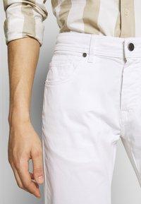 Baldessarini - JACK - Kalhoty - white - 5