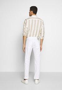 Baldessarini - JACK - Kalhoty - white - 2