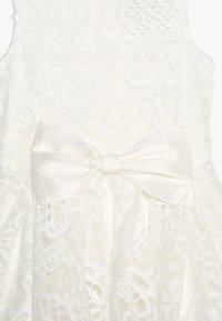 Bardot Junior - AVA STARLET DRESS - Koktejlové šaty/ šaty na párty - ivory - 4