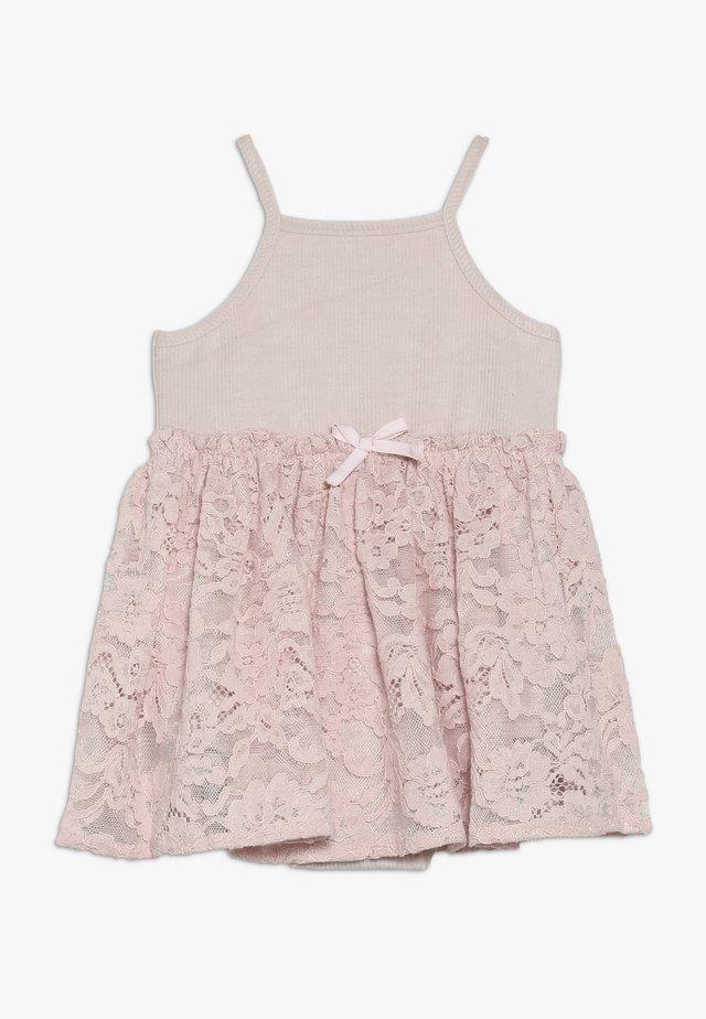 DRESS GROW - Cocktailkleid/festliches Kleid - blush