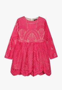 Bardot Junior - EMBROIDED DRESS - Cocktailkleid/festliches Kleid - paradise pink - 0