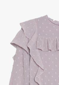 Bardot Junior - ABBIE RUFFLE DRESS - Cocktailkleid/festliches Kleid - lilac - 4