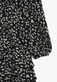 Bardot Junior - CASSIDY WRAP DRESS - Denní šaty - black - 2