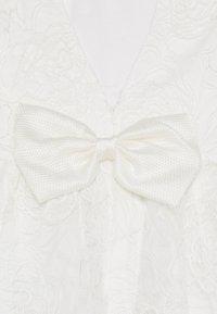 Bardot Junior - BELLA STARLET DRESS - Cocktailkjoler / festkjoler - cloud - 3