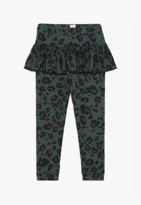 WAUW CAPOW by Bangbang Copenhagen - BETTY - Leggings - Trousers - green - 3