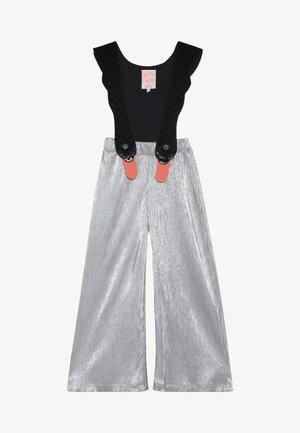 BIRD SUIT 2-IN-1 - Pantalon classique - silver/black