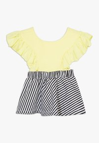WAUW CAPOW by Bangbang Copenhagen - BIRD GIRL FRILL - Vestido informal - yellow/black/white - 1