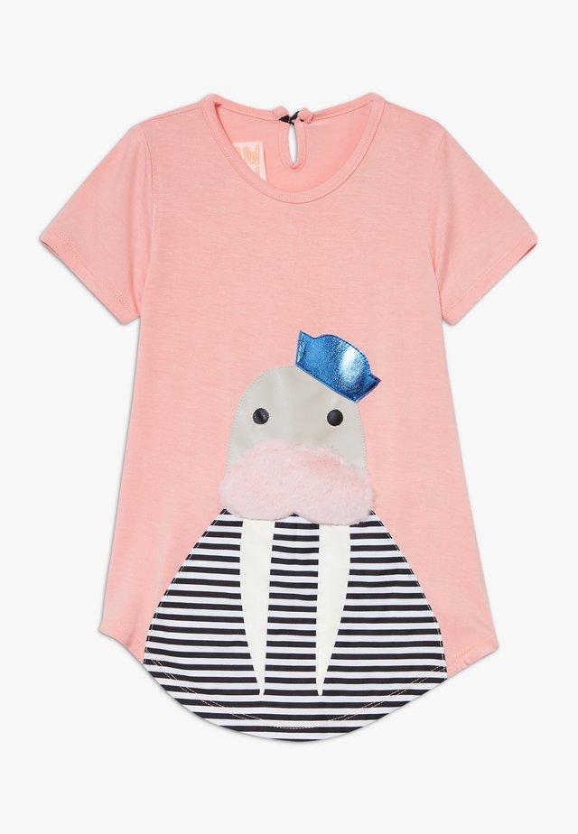 NOVA SEA - Jersey dress - pink