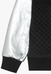 WAUW CAPOW by Bangbang Copenhagen - JACKET - Zip-up hoodie - black/silver - 2