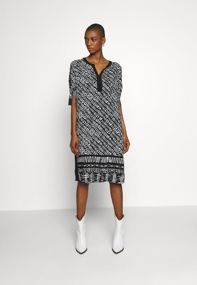Korte jurk - black/offwhite