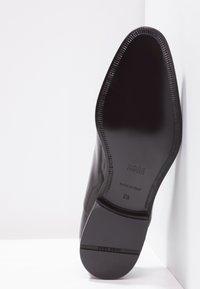 BOSS - EVENING - Elegantní šněrovací boty - black - 4