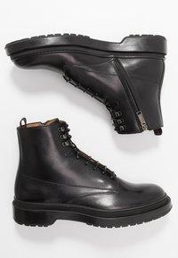 BOSS - MONTREAL - Šněrovací kotníkové boty - black - 1