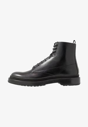 MONTREAL - Snørestøvletter - black