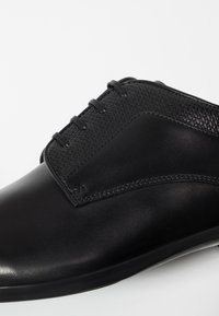 BOSS - KENSINGTON - Zapatos con cordones - black - 6