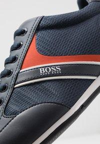 BOSS - SATURN - Sneakersy niskie - dark blue - 5