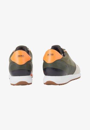 Sneakers - open green