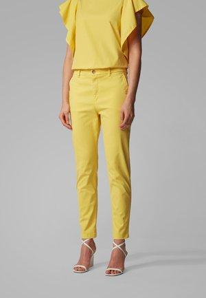 SACHINI4-D - Chinos - yellow