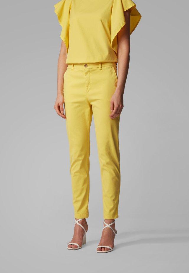 SACHINI4-D - Chino - yellow