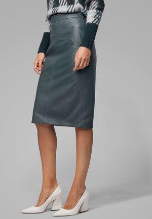 SEBARBIE - Leather skirt - dark green