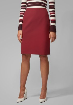 Pencil skirt - red