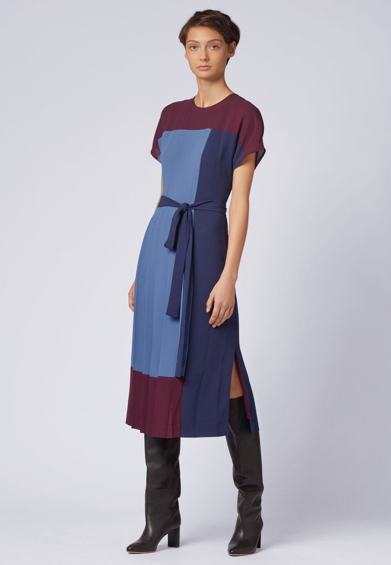 BOSS - HIDESA - Freizeitkleid - bordeaux/blue