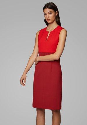 DAEDALUS1 - Korte jurk - dark red