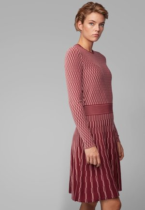 ILLORAN - Jumper dress - red
