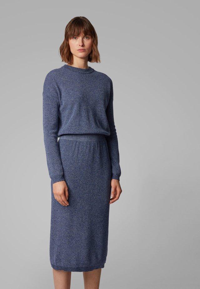WYLDANA - Gebreide jurk - open blue