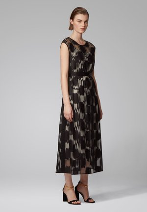 Day dress - patterned