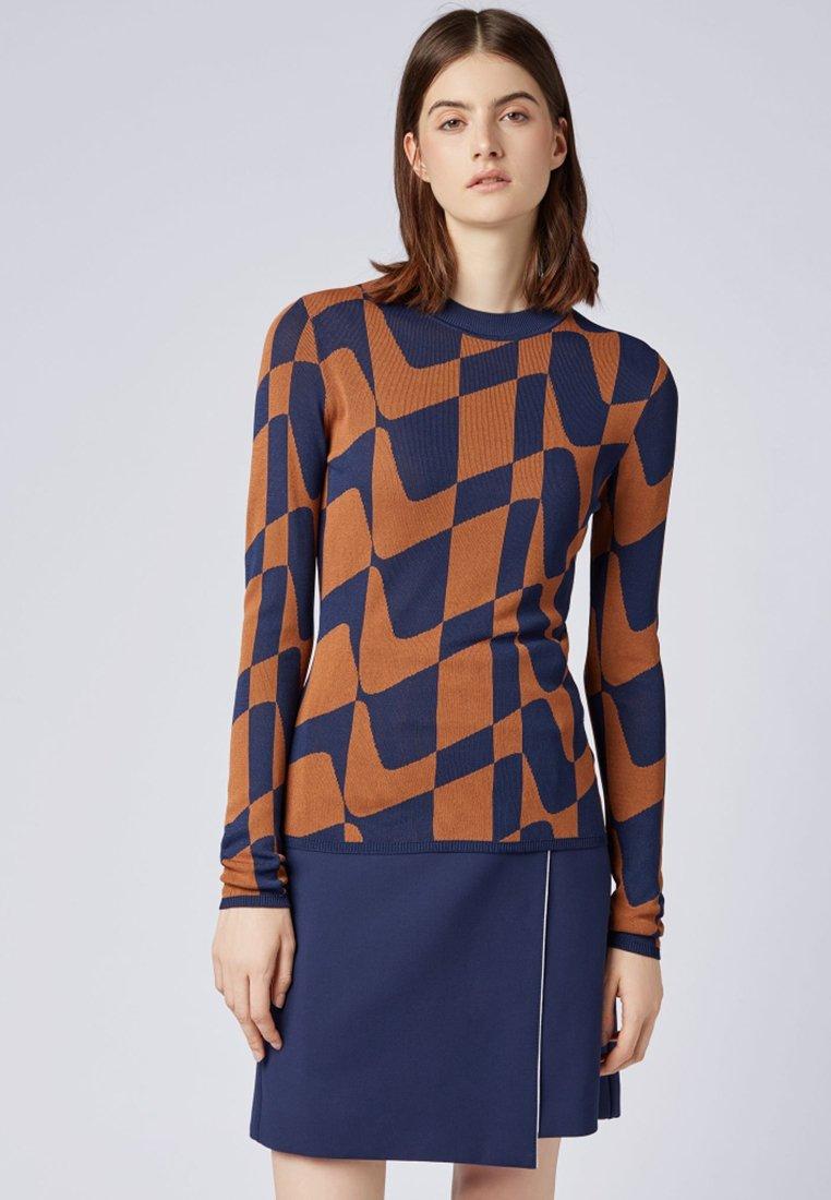 BOSS - FANTINA - Strickpullover - orange/blue