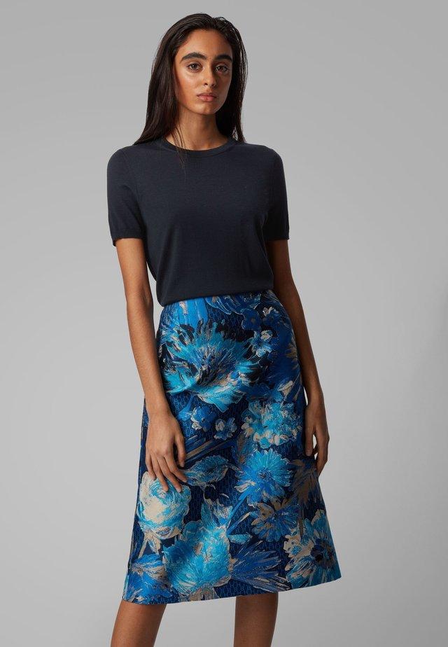 FALYSSA - T-Shirt basic - open blue