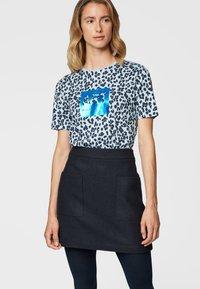 BOSS - T-shirt print - dark blue - 0
