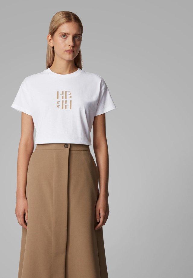 ECURATA_HB - T-shirt imprimé - beige