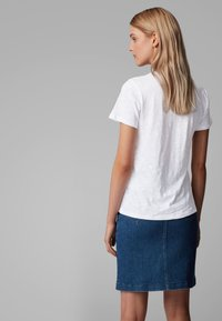 BOSS - TEMODERN2 - Basic T-shirt - white - 2
