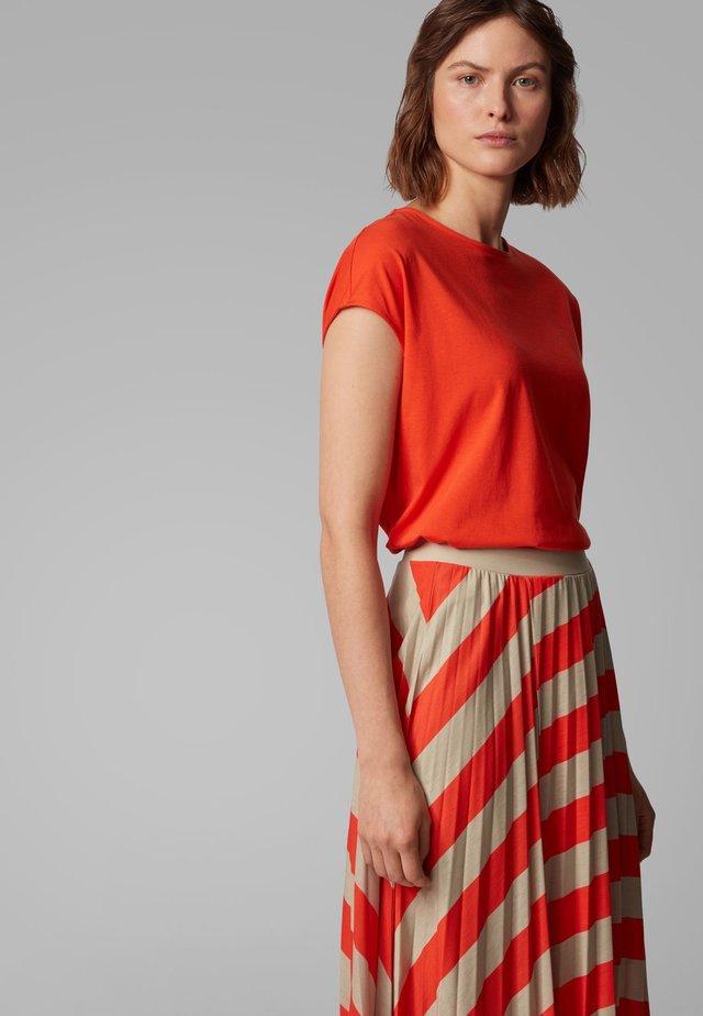 TESARAH - T-Shirt print - orange