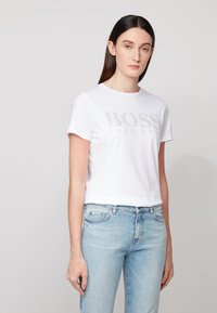 BOSS - TEMELLOW - Print T-shirt - white - 0