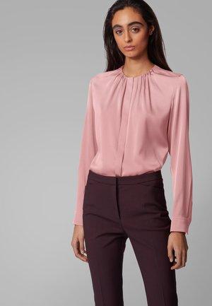 BANORA - Blouse - light pink