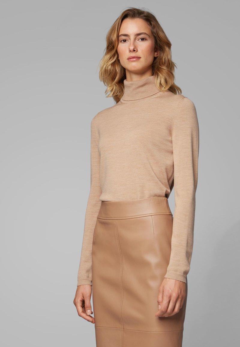 BOSS - FAMAURIE - Strickpullover - light brown