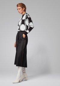 BOSS - Strickpullover - black/white - 1