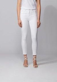 BOSS - J11 MAGALIA - Jeans Skinny Fit - natural - 0