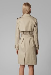 BOSS - CANDROMEDAE - Trenchcoats - beige - 2