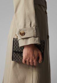 BOSS - CANDROMEDAE - Trenchcoats - beige - 5