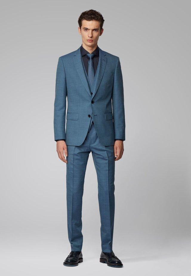 HUGE6/GENIUS5 WE - Suit - light blue