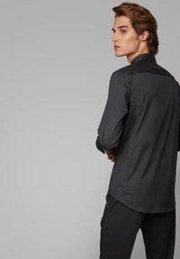 BOSS - PORSCHE CAPSULE RYAN - Camicia elegante - black - 2