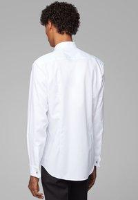 BOSS - JILLIK - Zakelijk overhemd - white - 2