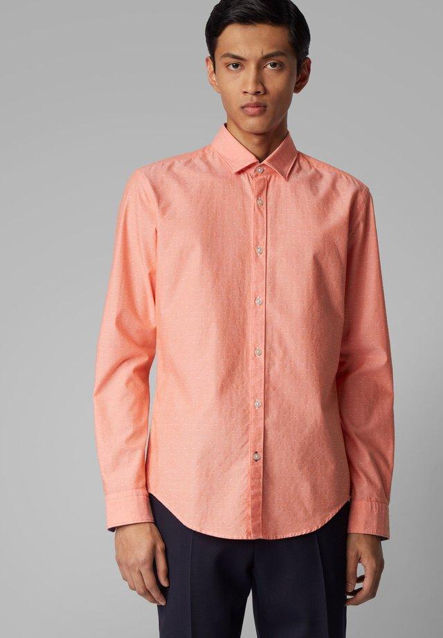 RIKKI_53 - Shirt - orange