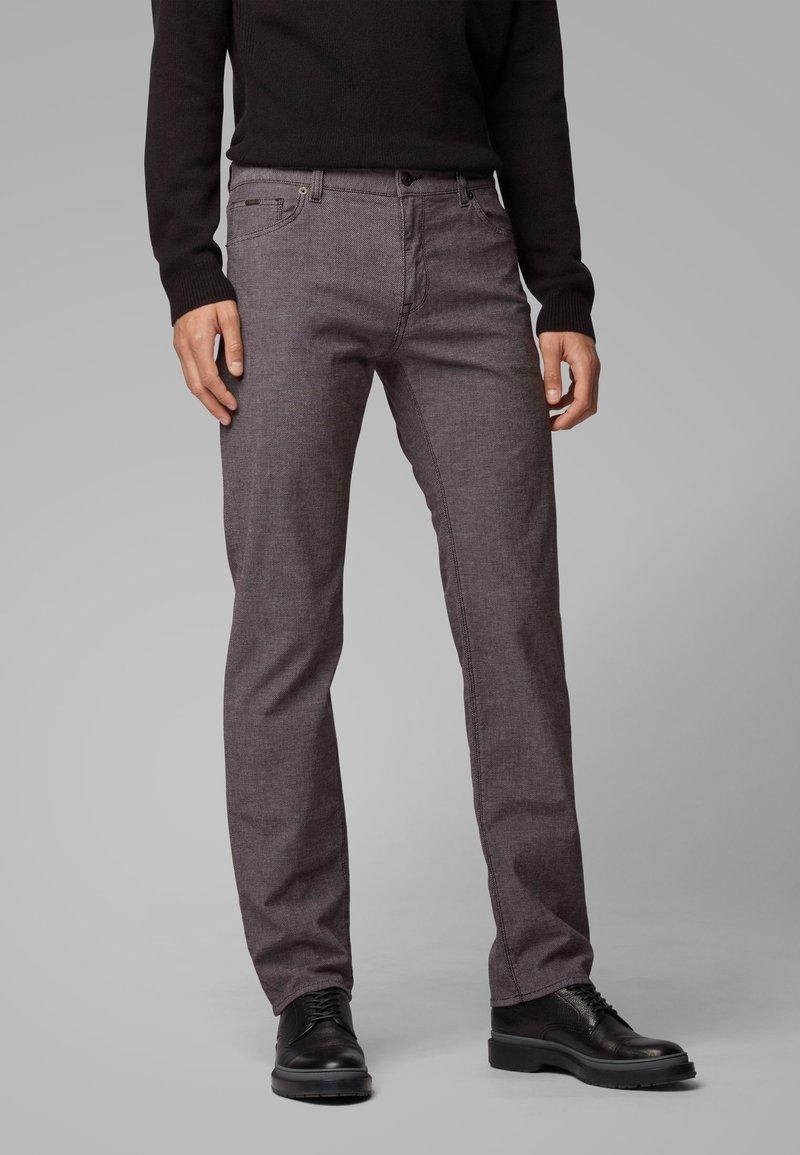 BOSS - MAINE3-20 - Straight leg jeans - brown