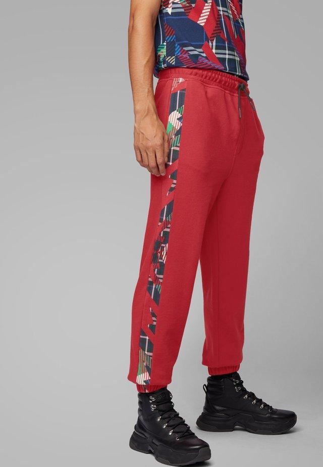 SUPERSONIC - Pantalon de survêtement - red