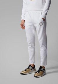 BOSS - HALBOA CIRCLE - Jogginghose - white - 0